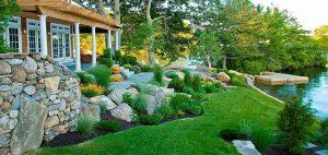 Скалният кът – бижуто на градината