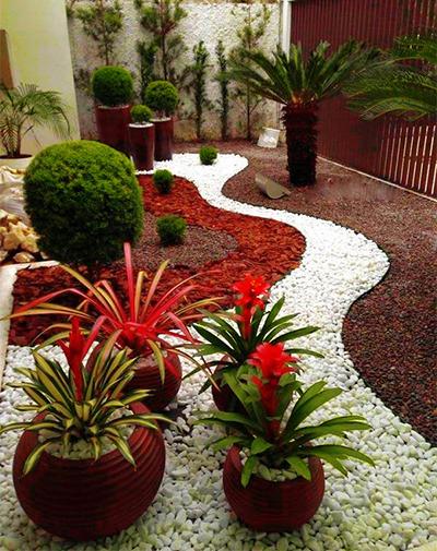 Декоративни камъни за градина